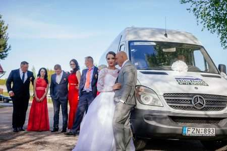 Mikroautobusų nuoma Vilniuje vestuvėms