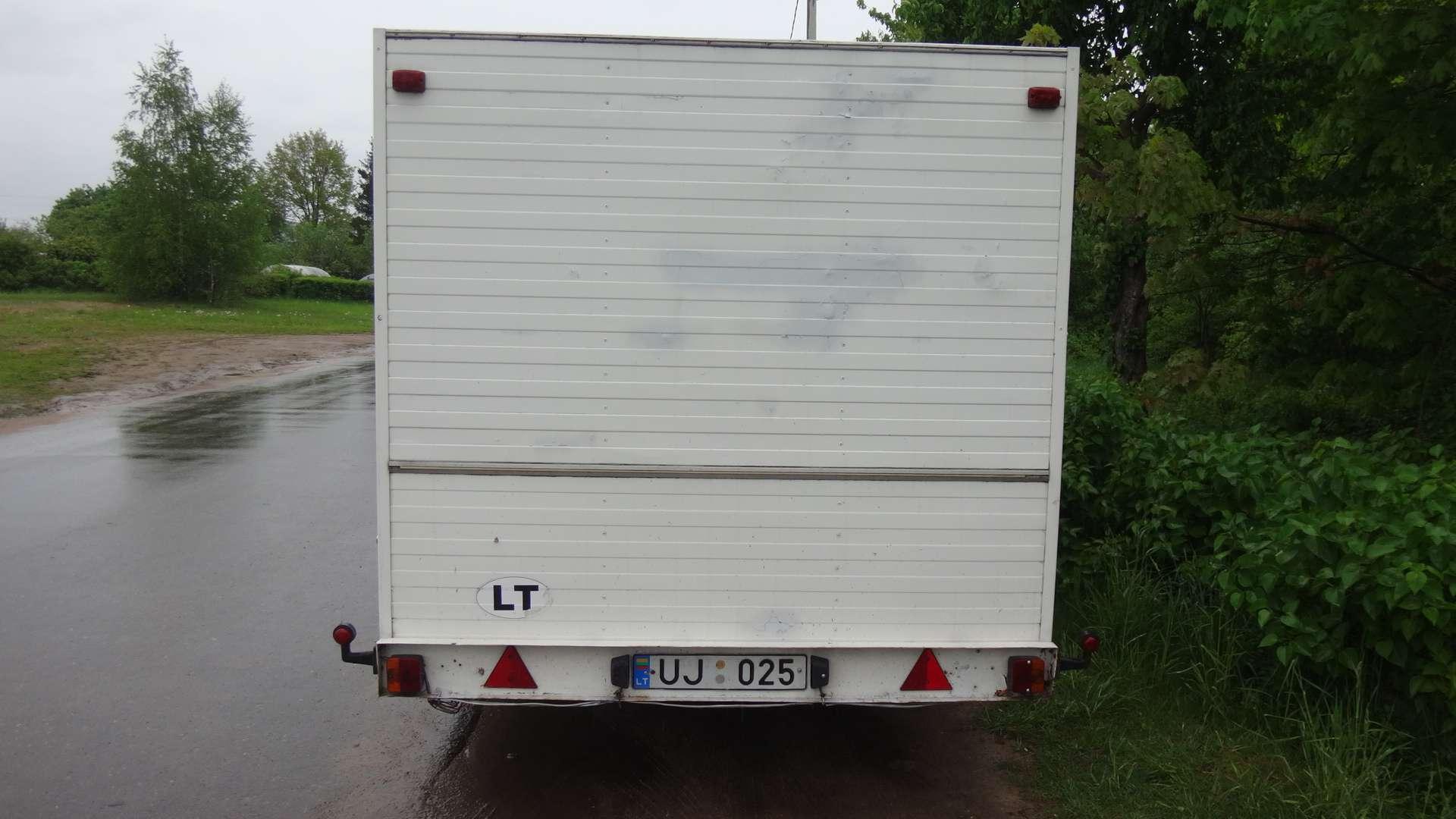 Priekabų nuoma Vilniuje – PAAS 1 2003 m. 3 kub. m.