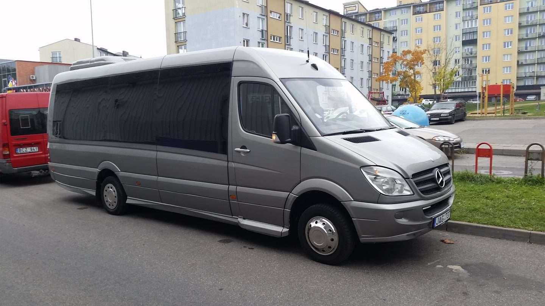 Keleivių pervežimas Lietuvoje – Mercedes-Benz Sprinter 2009m. 23 vietų.