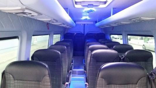 Mikroautobusų nuoma Vilniuje atnaujinome transporto parką Mercedes-Benz Sprinter 23 vietų